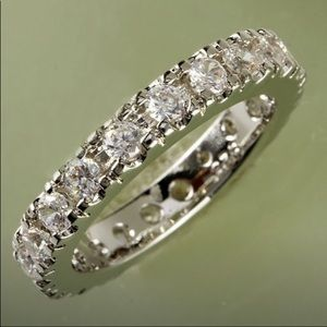 Jewelry - In this Week💍💎21 White Sapphire Stones Band